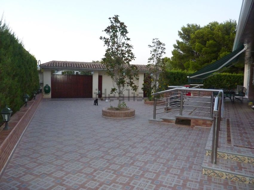 Casa o chalet independiente en Junio, Barrios rurales del norte, Zaragoza