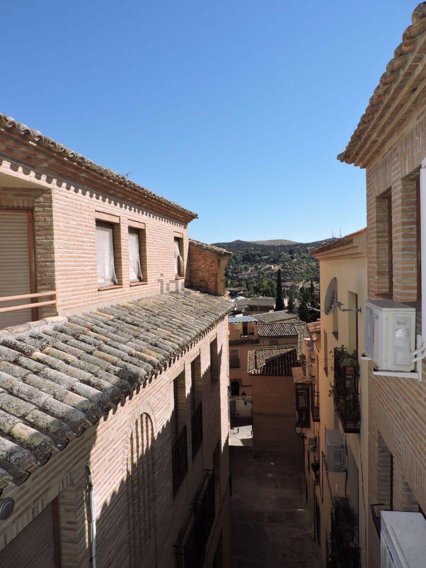 Piso en calle Hospedería de San Bernardo, Casco Histórico, Toledo