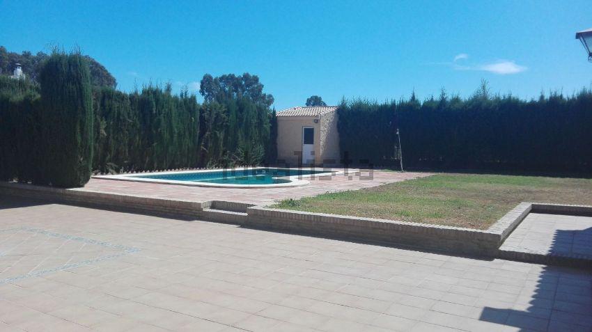 Casa o chalet independiente en avenida de la Raya Real, 17, Olivares