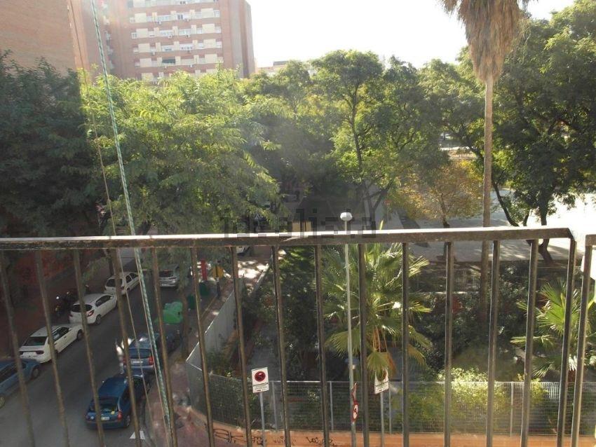 Piso en avenida Antonete Gálvez, La Fama, Murcia