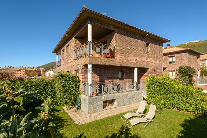 Casa o chalet independiente en calle SEMINARIO PIRINEO ARAGONES, Tejería - Rapit