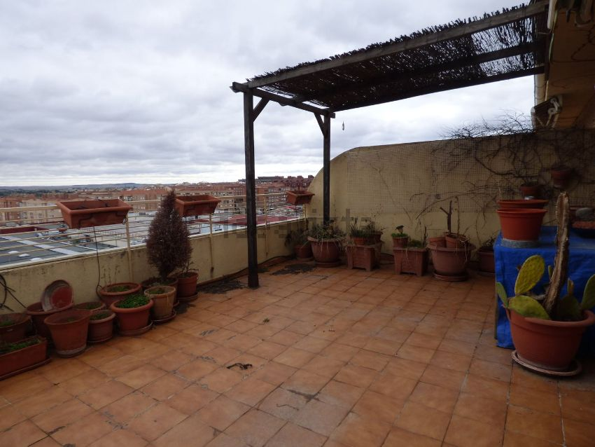Ático en ALCALDE CONANGLA, Carretas - Huerta de Marzo - La Pajarita, Albacete