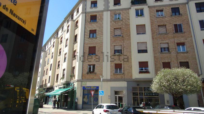 Piso en calle Olite, 2º Ensanche, Pamplona Iruña