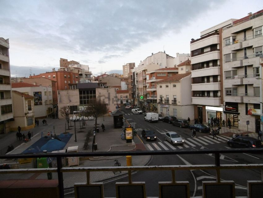 Piso en plaza Carretas, Carretas - Huerta de Marzo - La Pajarita, Albacete