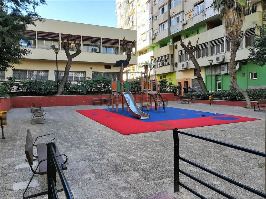 Piso en calle palestina, Carranque - Haza Cuevas, Málaga