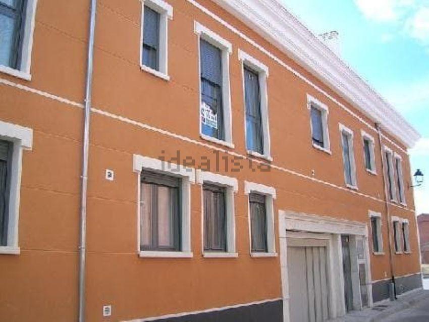 Piso en calle Longambia, Cigales
