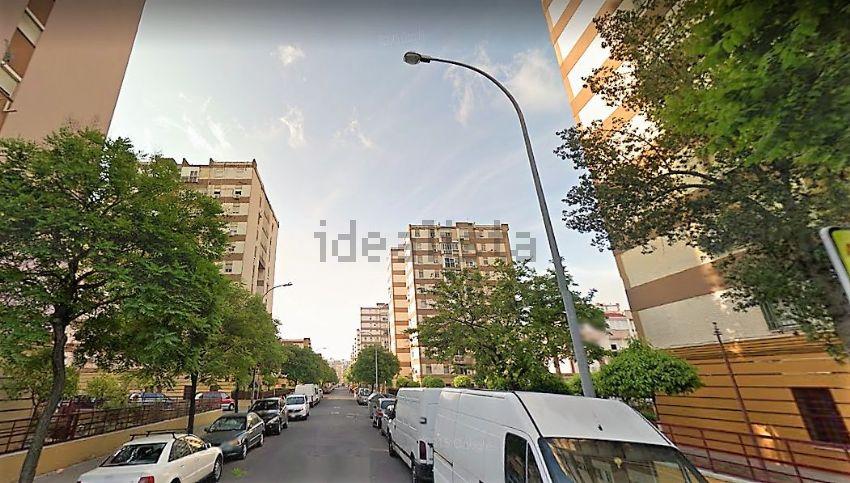 Piso en calle Moguer, Villegas - Los Principes, Sevilla