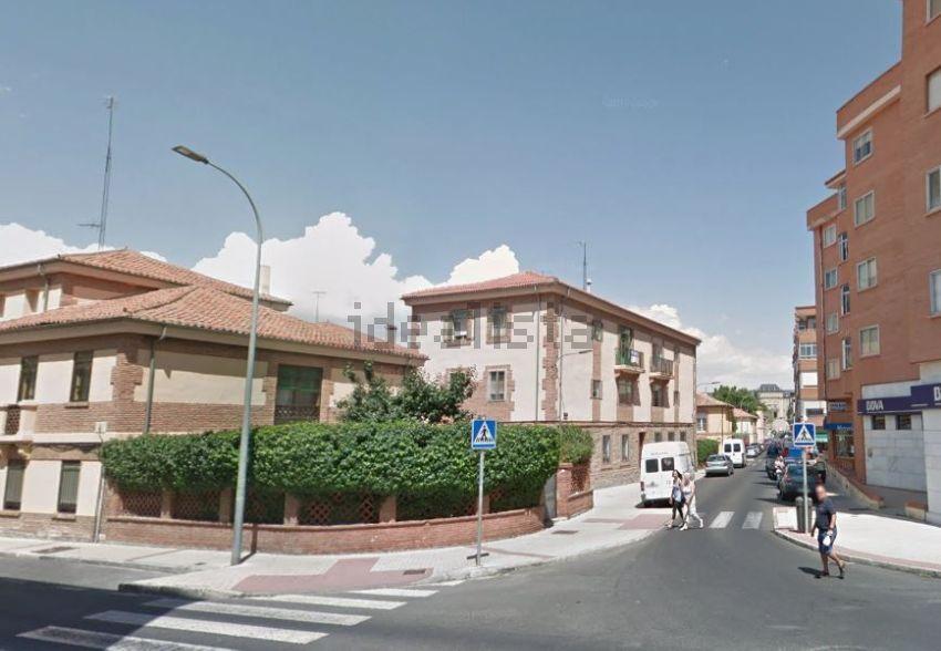 Piso en calle de Luis Valero, 3, San Antonio, Ávila