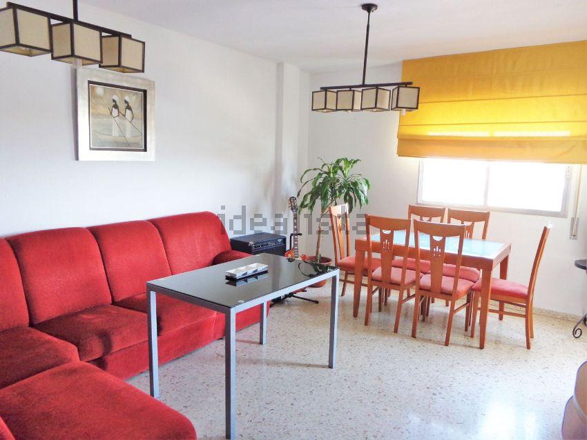Piso en avenida san josé de calasanz, 11, Centro, Montequinto