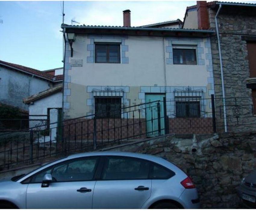 Casa de pueblo en calle Hermano Bernardo, 14, Barruelo de Santullan