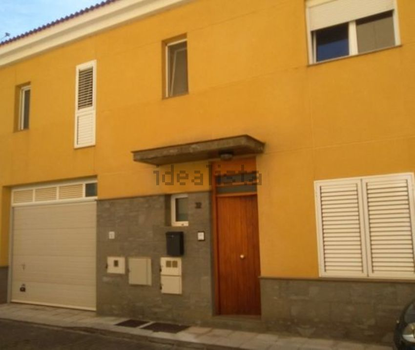 Chalet adosado en calle Portillo los Pérez, 32, Valsequillo de Gran Canaria
