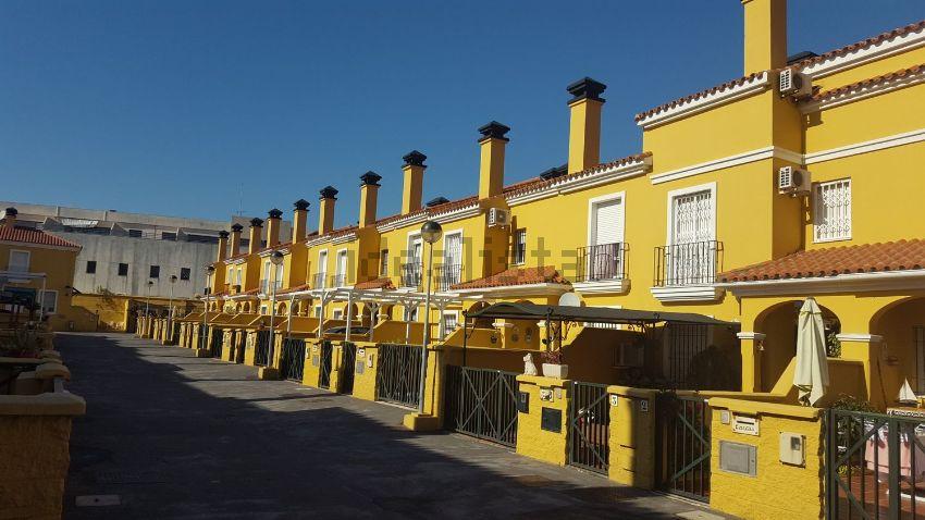 Chalet adosado en residencial entreplayas, El Rinconcillo - San José Artesano, A