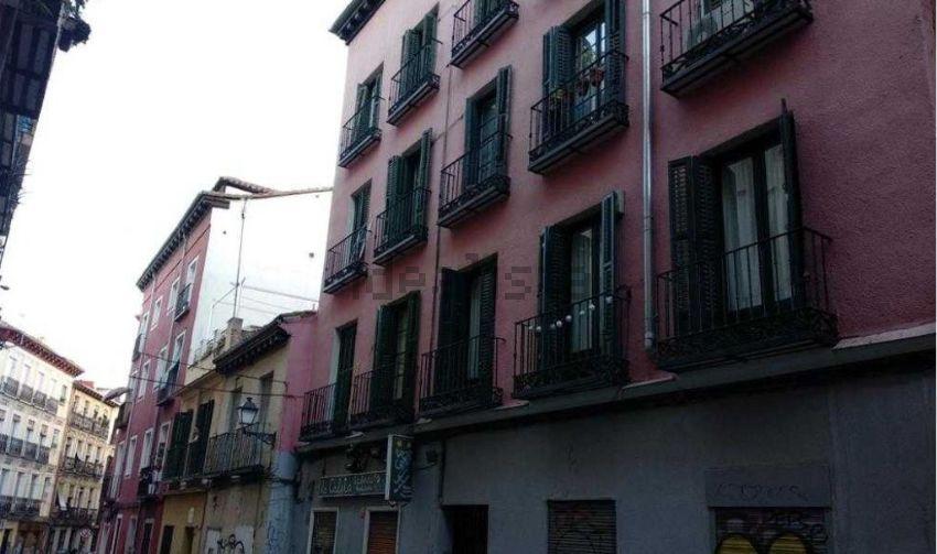 Piso en calle de los Tres Peces, Lavapiés-Embajadores, Madrid