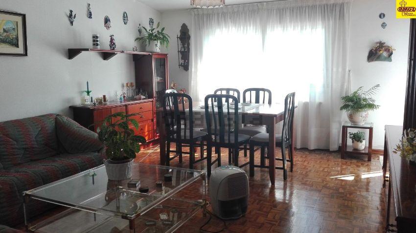 Piso en calle do Castiñeiriño, Castiñeiriño - Cruceiro do Sar, Santiago de Compo