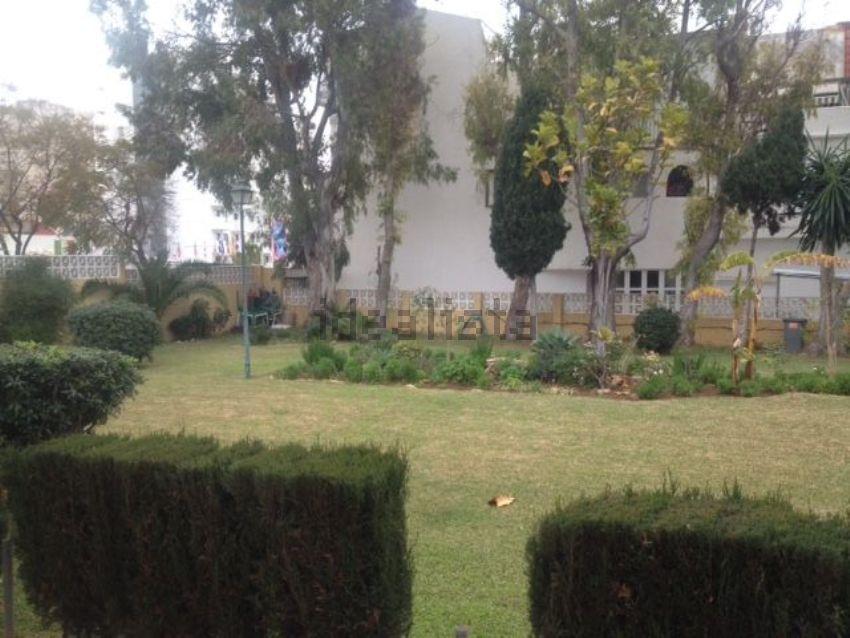 Piso en calle Saltillo, 3, La Carihuela - Los Nidos, Torremolinos