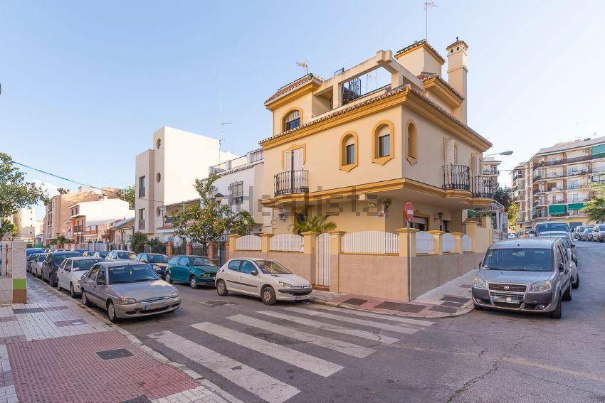 Casa o chalet independiente en Tomás de Burgos, 29, Victoria Eugenia, Málaga