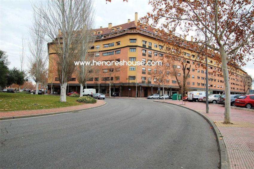 Dúplex en Damaso Alonso, Ensanche, Alcalá de Henares