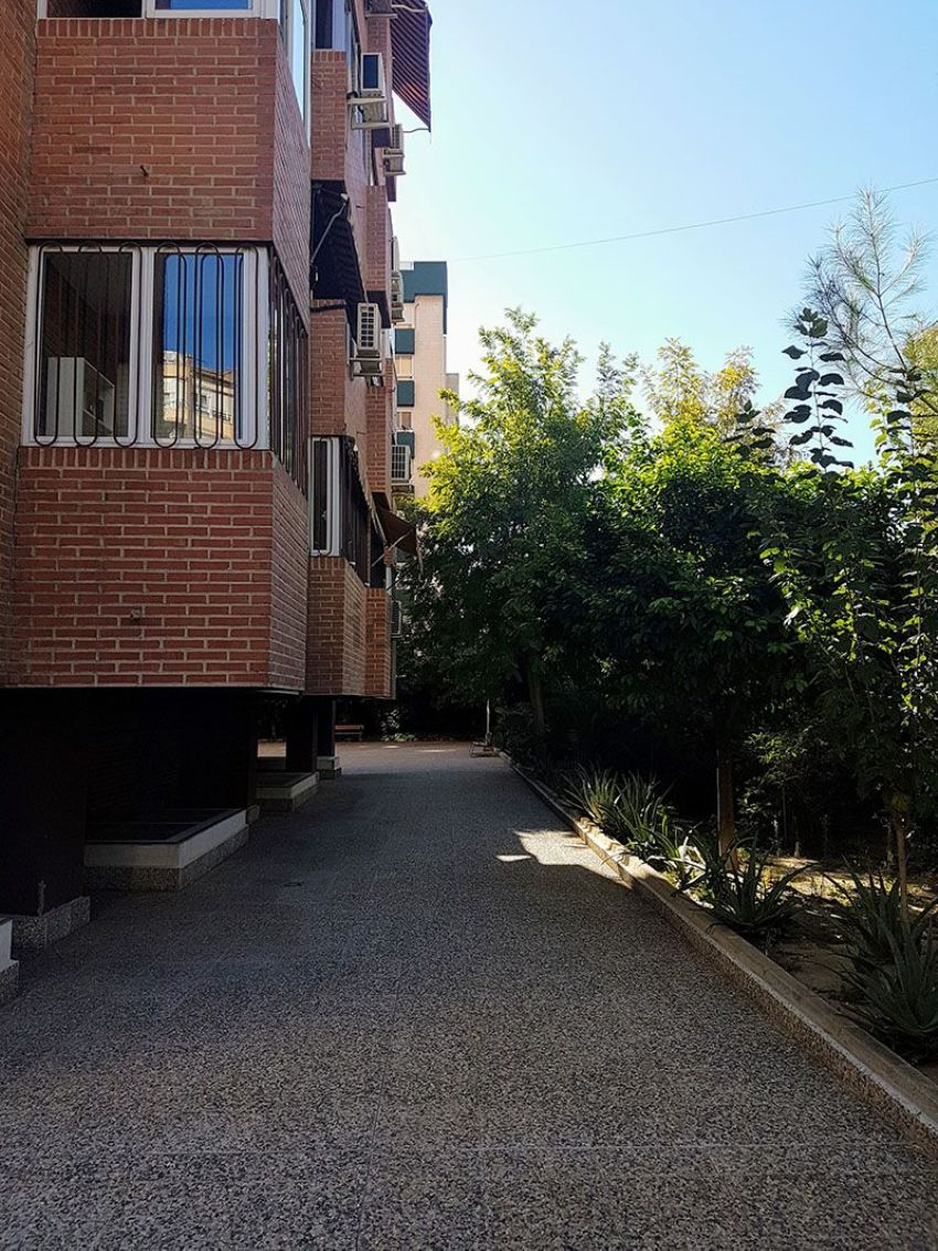 Piso en avenida del Rector José Loustau, La Fama, Murcia