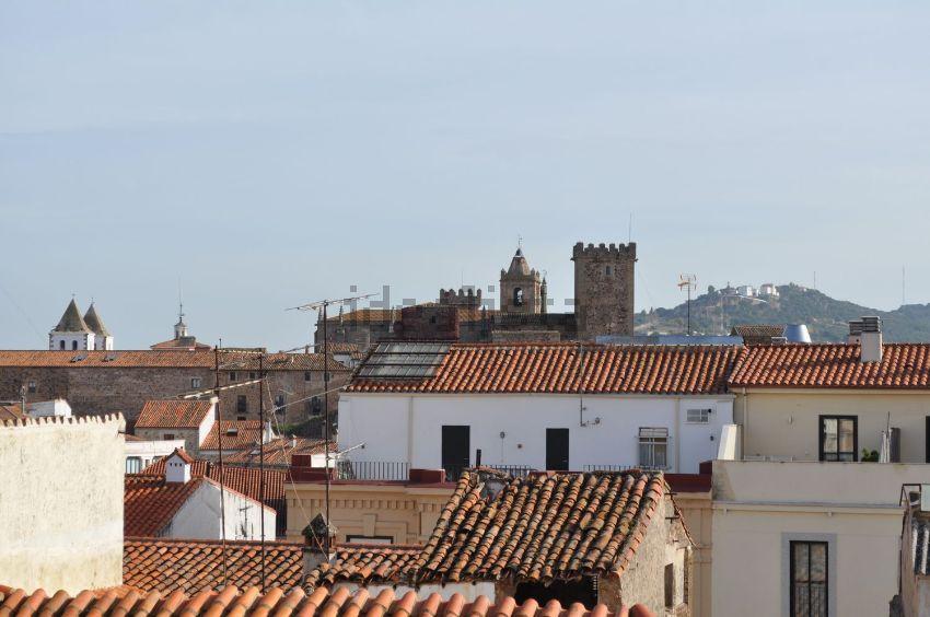 Casa o chalet independiente en calle de Calaff, 4, Casco Antiguo, Cáceres