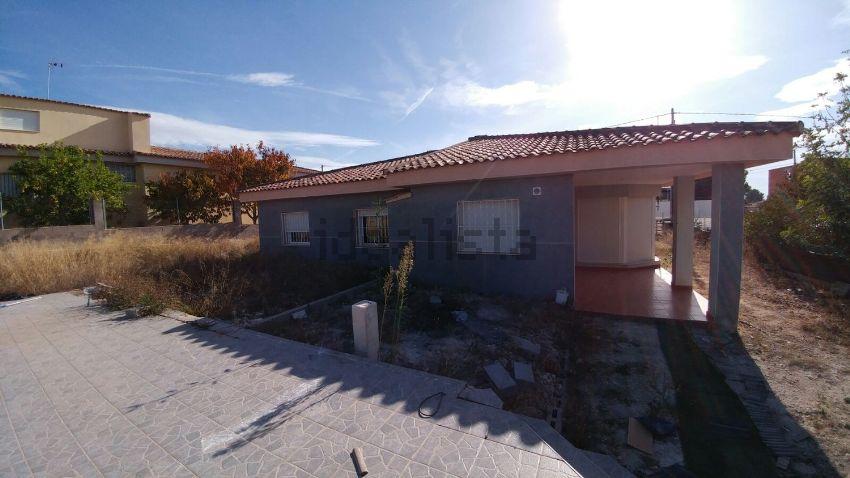 Casa o chalet independiente en calle Oriente, 86, Urbanizaciones, Llíria