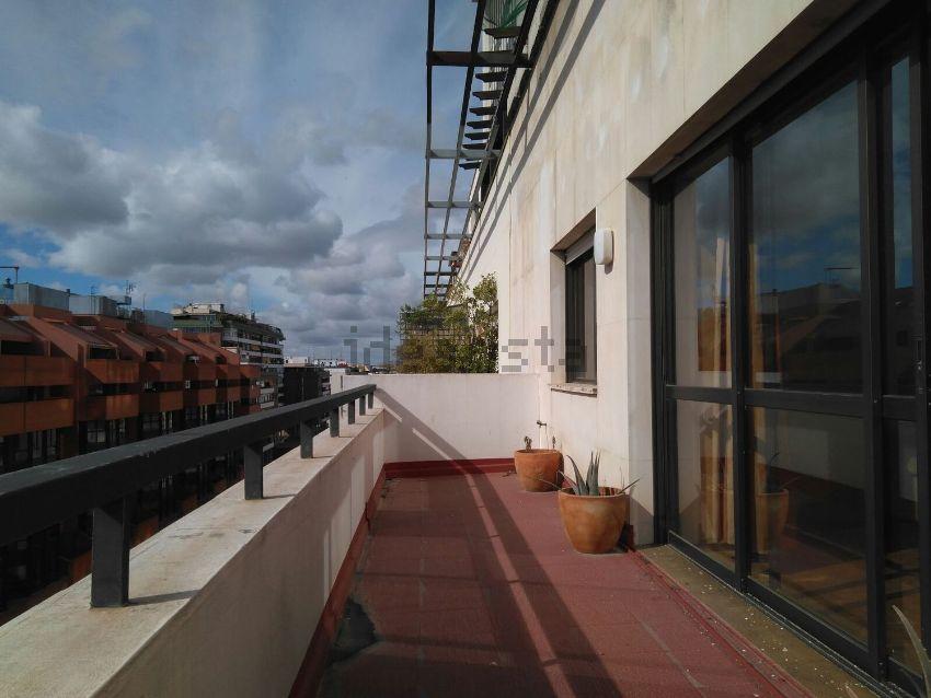 Piso en avenida de la República Argentina, Plaza de Cuba - República Argentina, Sevilla