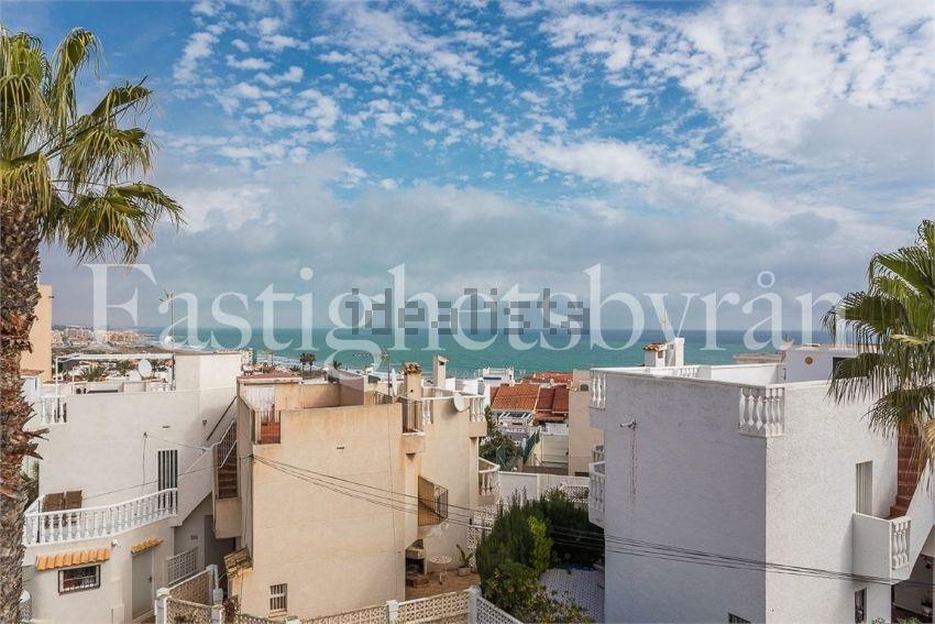 Chalet en calle ciudad real, Cabo Cervera, Torrevieja