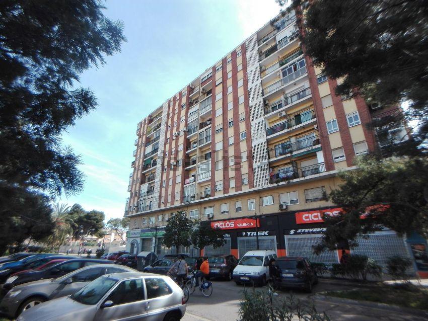 Piso en avenida del Cid, 67, La Llum, València
