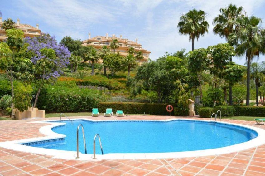 Piso en calle Retama, Elviria, Marbella