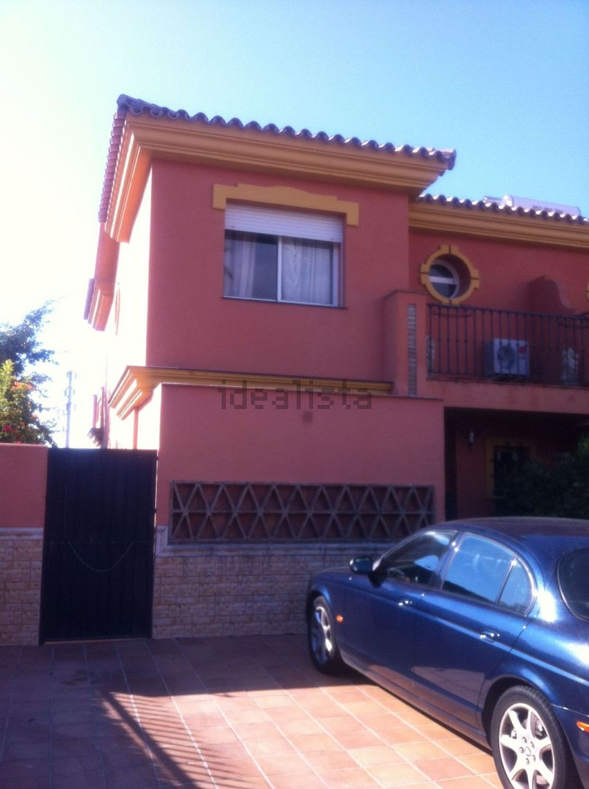 Chalet adosado en avenida pernet, 28, Nueva Atalaya, Estepona