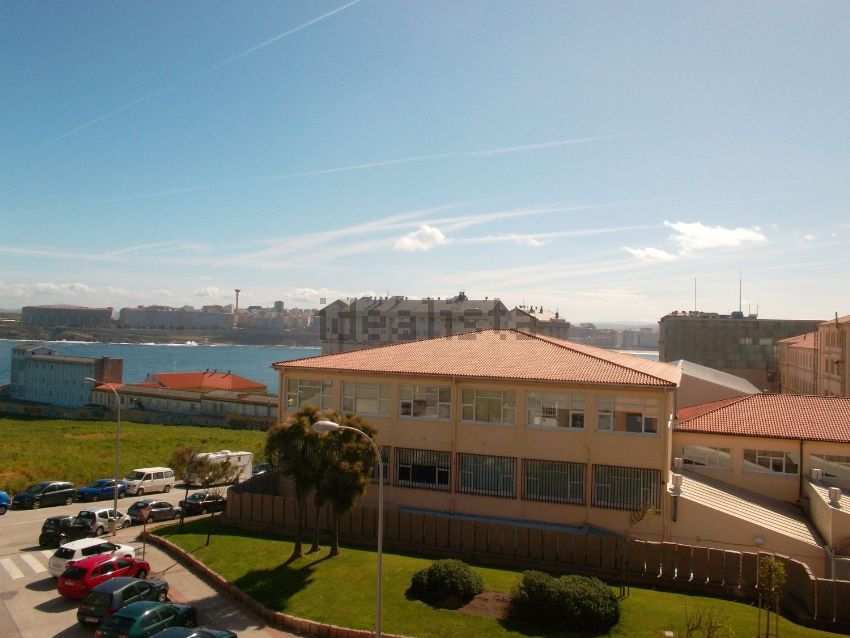 Piso en calle Torrente Ballester, Riazor - Los Rosales, A Coruña