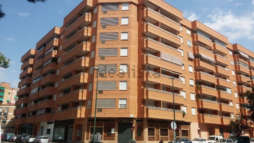Piso en avenida de la Almozara, 40, Almozara, Zaragoza