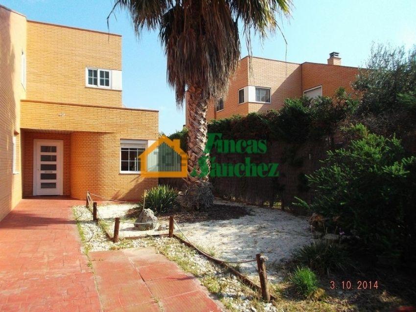 Chalet en Urbanizacion Torreblanca, Casetas - Garrapinillos - Monzalbarba, Zarag