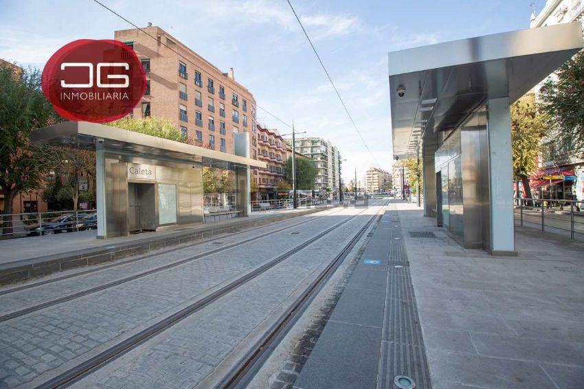 Piso en avenida de la Constitución, 33, Los Pajaritos, Granada