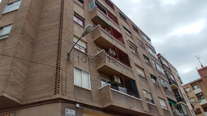 Piso en San Luis de Francia, La Granja, Zaragoza
