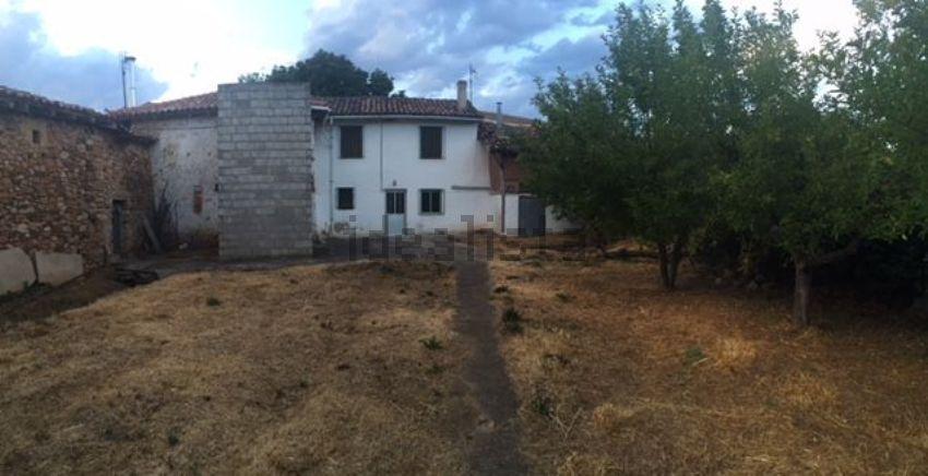 Casa de pueblo en calle Iglesia, 22, Castrejon de la Peña