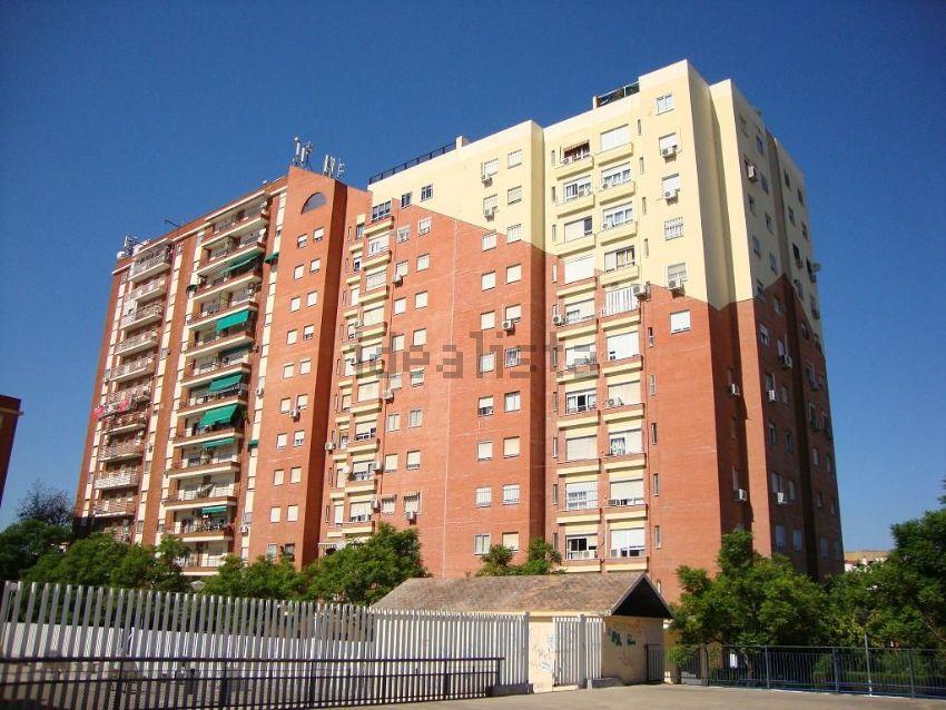 Piso en calle Castillo de Alcala de Guadaira, Bami - Pineda, Sevilla