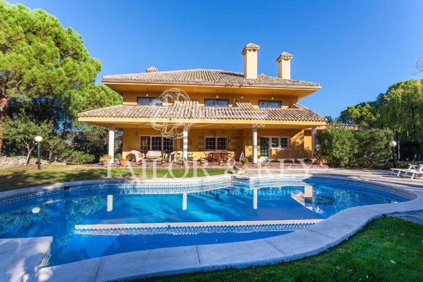 Casa o chalet independiente en calle Cabo Higuer, Club de Golf, Las Rozas de Mad