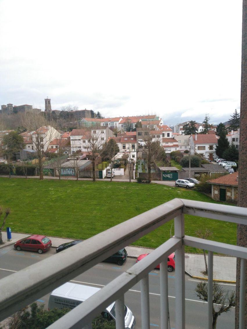 Piso en avenida DE LUGO, Ensanche - Sar, Santiago de Compostela