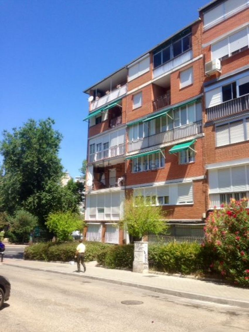Piso en valmojado, Aluche, Madrid