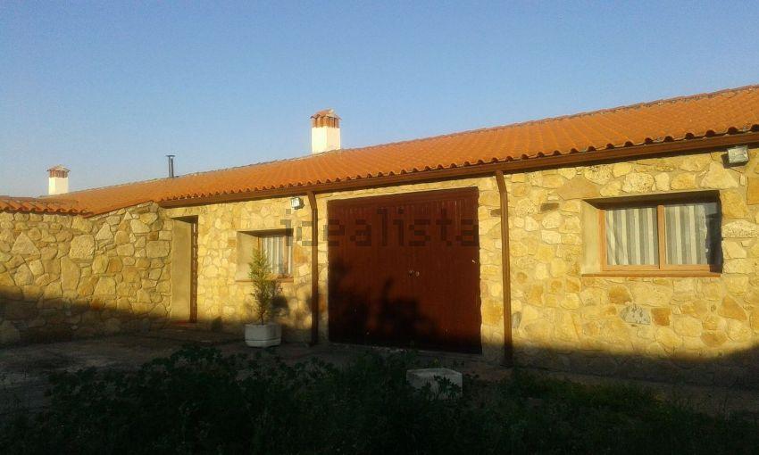 Casa o chalet independiente en calle Conquistadores, 6, Gata