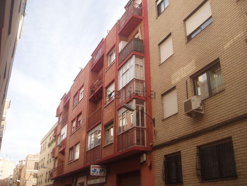 Piso en calle Covadonga, Parcelación Barcelona, Zaragoza