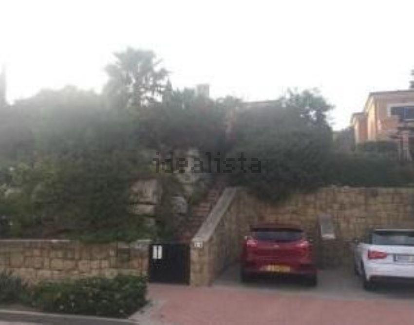 Chalet pareado en avenida las palmeras, La Alcaidesa