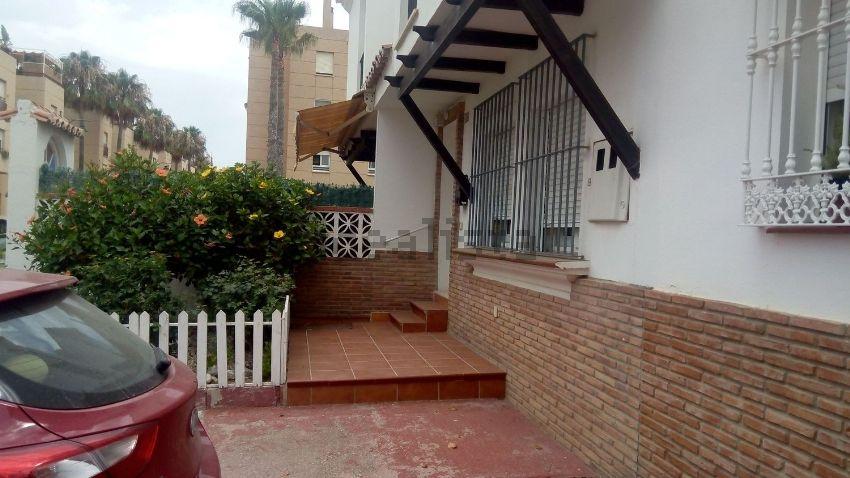 Chalet adosado en calle Moby Dick, 48, Guadalmar, Málaga