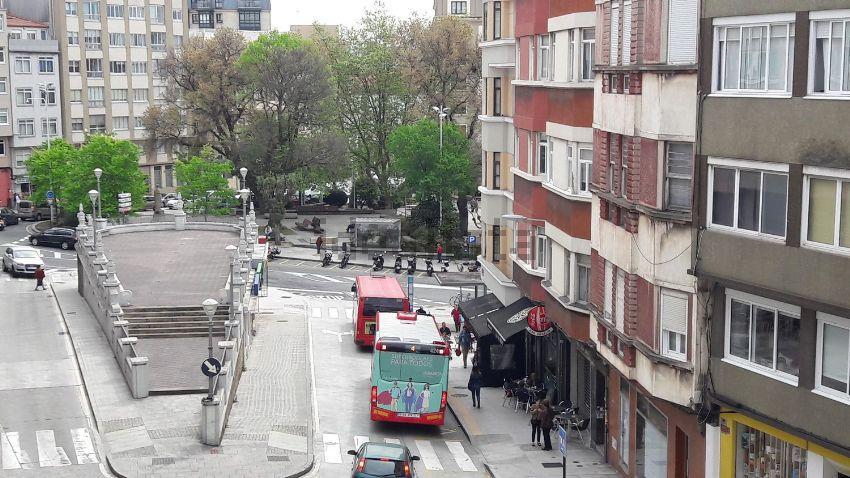 Piso en calle San Roque, Monte Alto - Zalaeta - Atocha, A Coruña