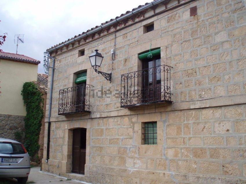 Casa de pueblo en Lino Egido, 1, Coscurita