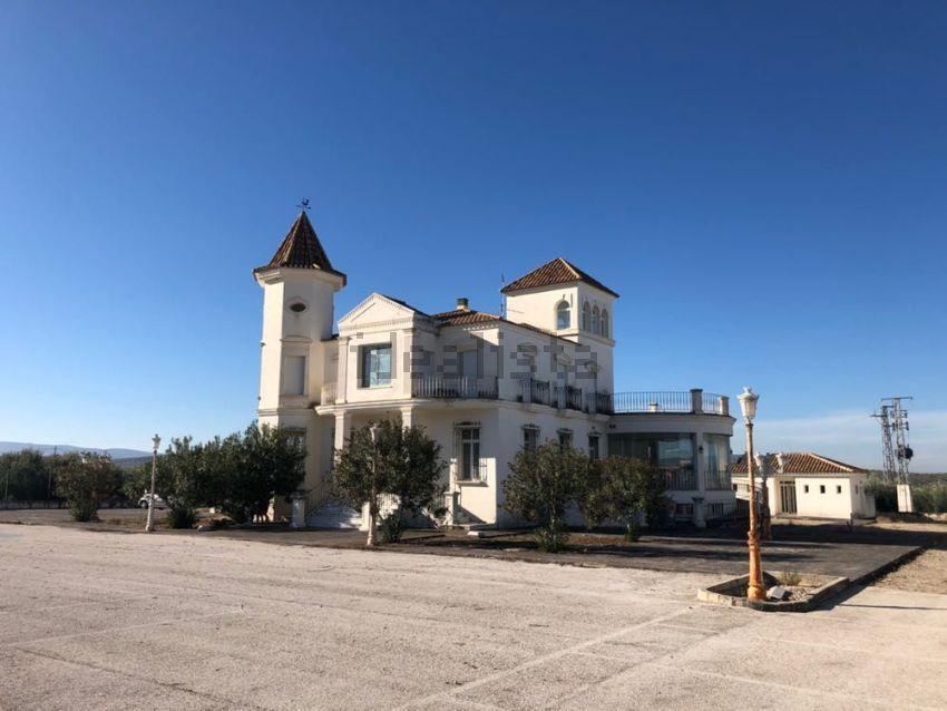 Palacio en CO-6213, 1999, Cabra
