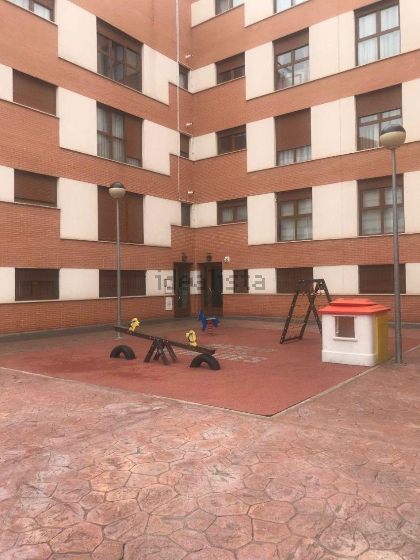 Piso en carretera DE CARRION, s n, Nuevo Parque, Ciudad Real