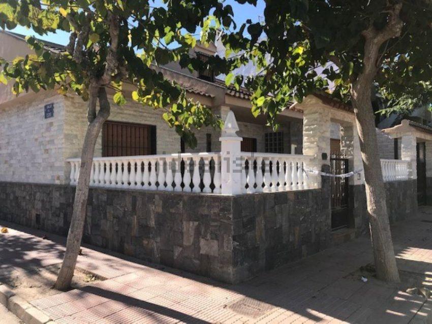 Chalet adosado en calle cedro, 2, Los Alcázares