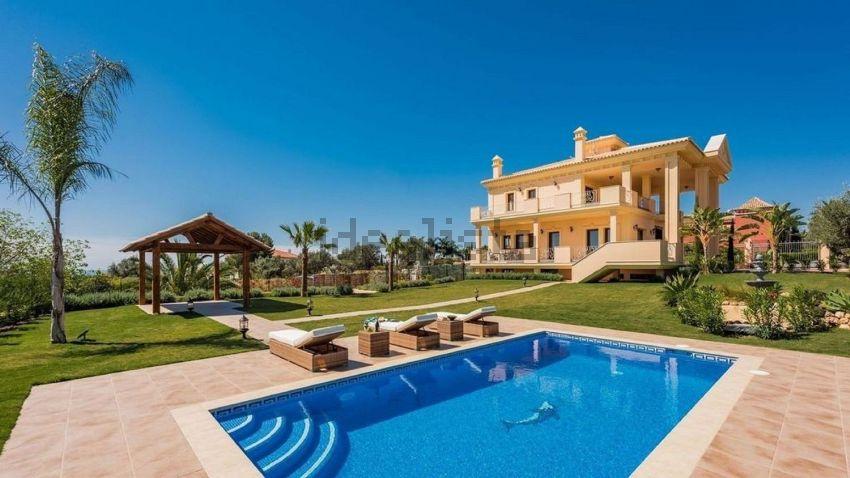 Casa terrera en poligono urpng9, 21, Lomas de Marbella Club-Puente Romano, Marbe