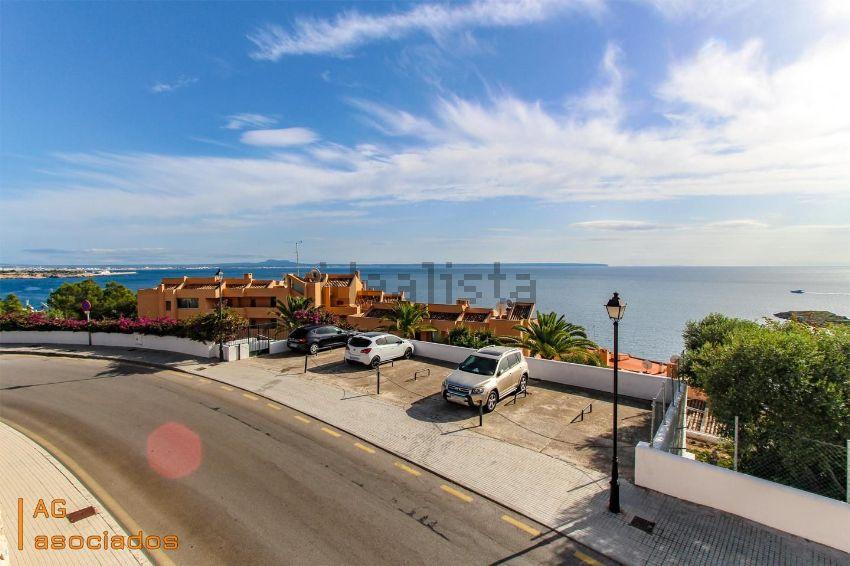 Los 30 apartamentos en la playa m s baratos idealista news - Pisos en la playa baratos ...